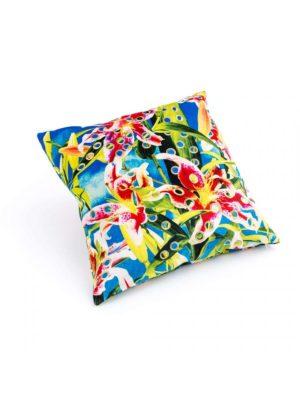 Cushion Flowers Toiletpaper